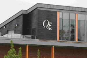 QE School